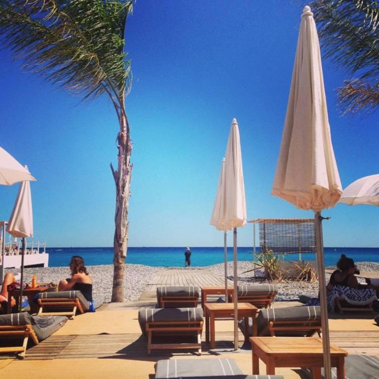Siesta beach club plage Antibes