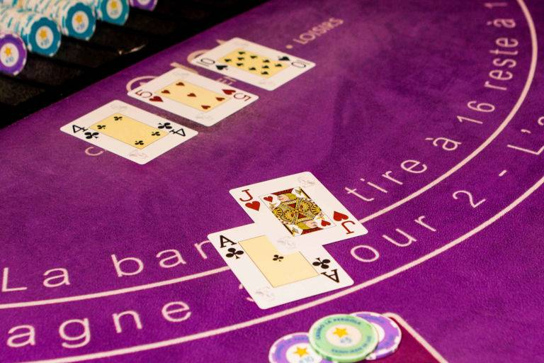 Règles black jack casinos JOA