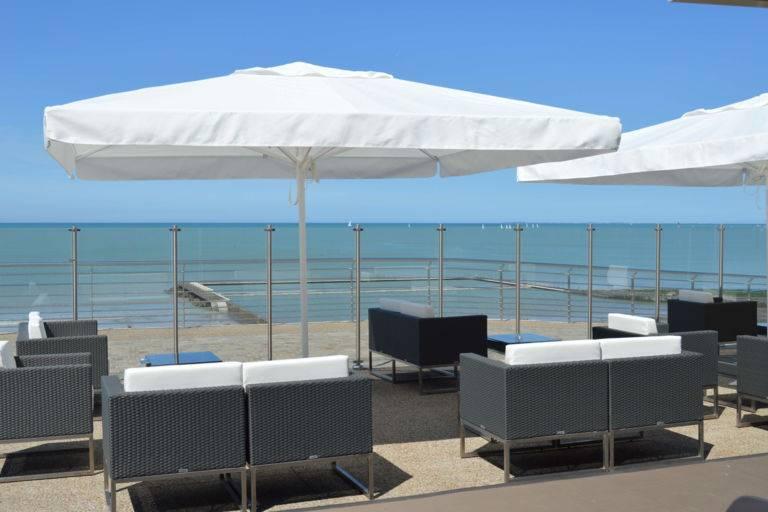 Terrasse St-Pair-sur-mer