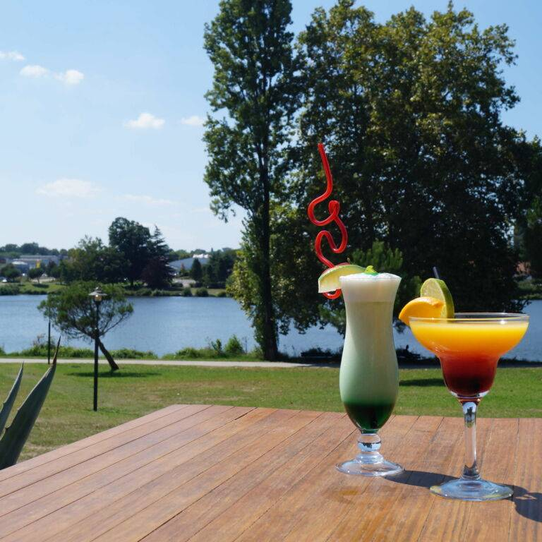 Bar terrasse Lac Christus Dax - JOA