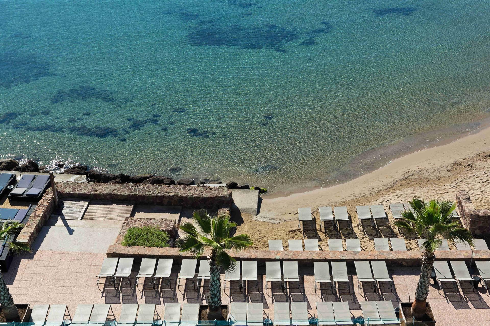 Plage privée Cannes Mandelieu casino JOA