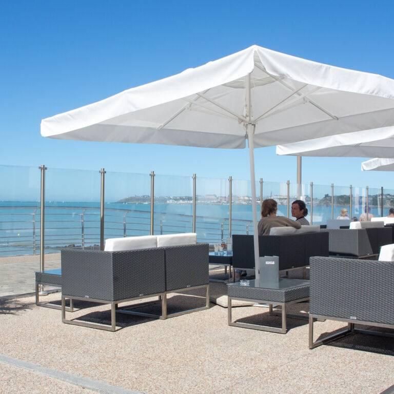Bar terrasse casino JOA St-Pair-vue-mer